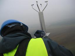 Equipement du pylône 120m pour ICOS