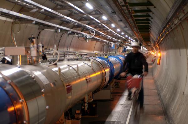 Diverses vues du tunnel et des quadripôles