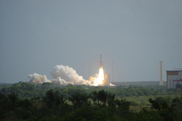Lancement à Kourou des satellites Herschel et Planck par Ariane 5