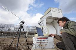 Appareillage développé par Saclay pour étudier les signaux radio parasites (radars télés, gsm) avec Philippe Abbon (sédi)