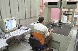 Moyens techniques LEIGE :Hall climatisé qualifié pour l'utilisation de lasers