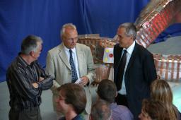 Commémoration du départ de la dernière bobine de w7x (8 septembre 2009-hall 198 du Centre de Saclay)