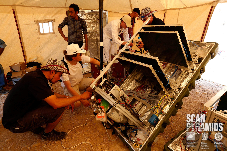 ScanPyramids - installation du détecteur en Egypte en 2016