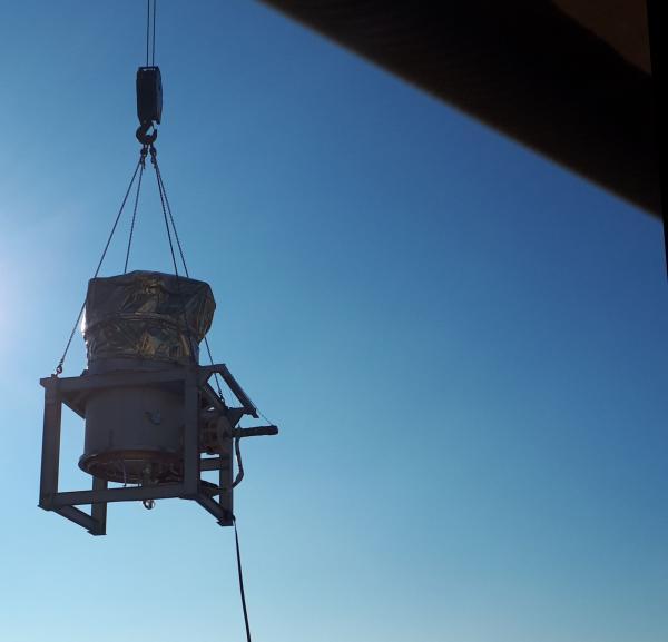 Livraison du satellite au LNCMI de Grenoble