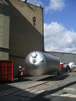 Arrivée des réservoirs Buffer/Veto à Chooz (1)