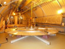 Couvercle de l'enceinte Buffer dans le labo neutrino