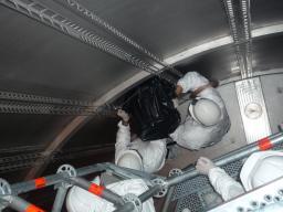 Début d'intégration des tubes photomultiplicateurs du détecteur interne de l'expérience Double Chooz