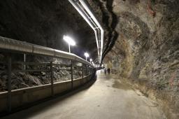 Tunnel Labo Neutrino 1km de l'expérience Double Chooz