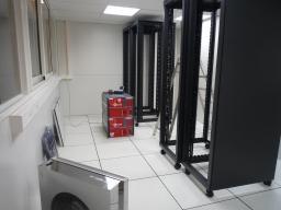 Baraque d'éléctronique du laboratoire neutrino
