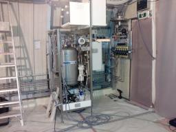 Installation du système de remplissage dans le laboratoire neutrino 1km