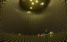 Où est passée l'antimatière ? L'éclairage prometteur des neutrinos
