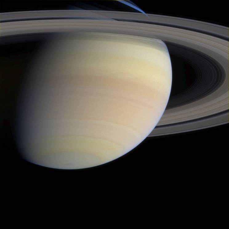 Cassini rencontre les anneaux