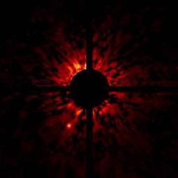 Image infrarouge profonde autour de l'étoile la plus brillante du ciel.