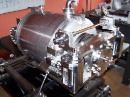 Accelerating structures for superconducting proton accelerators