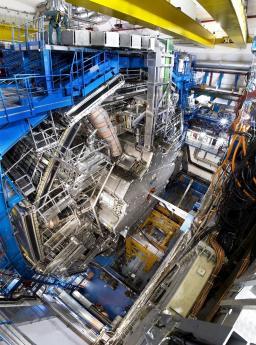 Toroidal magnet for the ATLAS detector