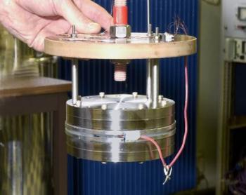 Measurement of Kapitza resistance and thermal conductivity