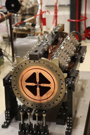 France delivers essential  accelerator component to ESS