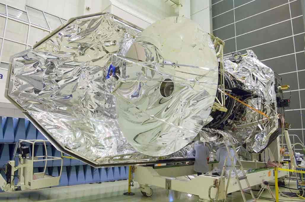 Le plus grand miroir spatial